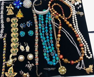 Variety of Higher End Vintage Costume Jewelry Estate Lot 28 PCS - All Pristine
