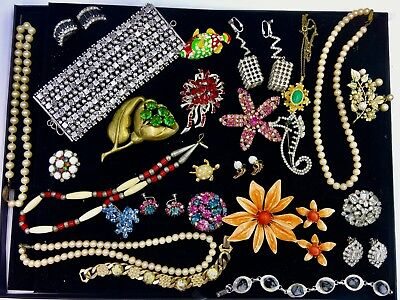 Exceptional Lot of Vintage Costume Jewelry Higher End Estate Items 22 Pcs