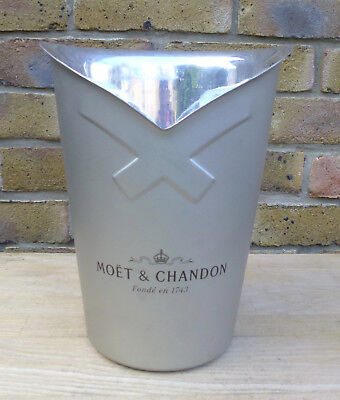 Ice Bucket - Champagne Bucket - Champagne Cooler - Moet & Chandon