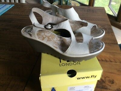 0be72905918da NIB FLY LONDON Women s Yanca Wedge Sandal size 41 or US 10 Off White  Leather -  95.00