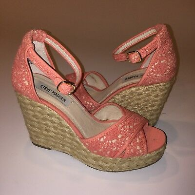 335f33404a0 STEVE MADDEN MARRVIL Espadrille Wedge Sandals Size 8.5M High Heels Coral  Crochet
