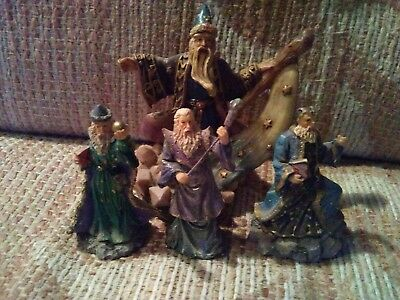 Wizard figurines lot of 4. Mythical Wizards mini statues