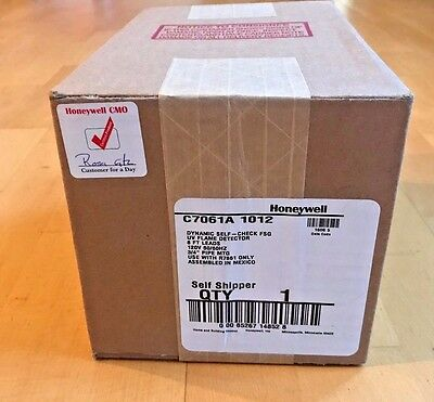 Honeywell C7061A1012 UV Flame Detector (CS) - New