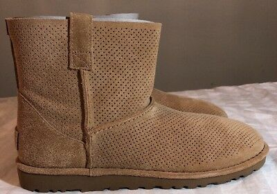 3e038b66e15 NEW NIB WOMENS Size 11 Black Ugg 1016852 Classic Unlined Mini Perf ...