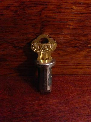 Chicago Lock and Key for vintage gumball candy vending machine with 1/4 inch Rod