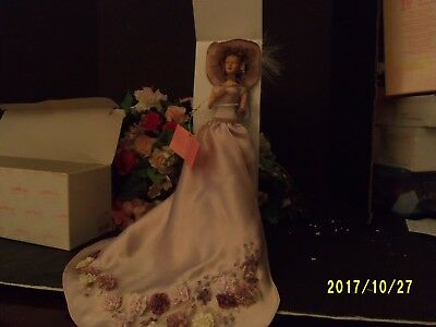 """9"""" Resin Dresser Doll With Stand """"sophia"""""""