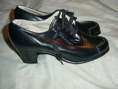 NEW IN BOX Vintage Barefoot Freedom Black 1960 Granny Oxfords Size 5 1/2B