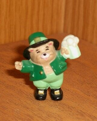 Hallmark Merry Miniature 89 Bear w/mug St. Patricks