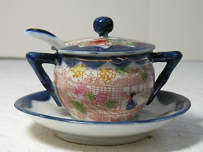 "mcz113 ANTIQUE JAPANESE PORCELAIN KUTANI ""Geisha"" MUSTARD POT WITH SPOON"