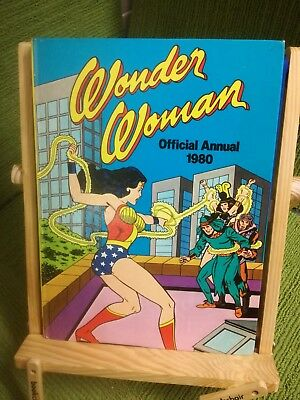 THE OFFICIAL WONDER WOMAN ANNUAL 1980 - STAFFORD PEMBERTON 1979 1st ed/1st prtg