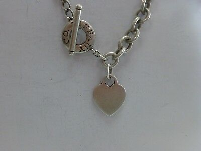 001a09286 LIMITED TIFFANY & Co Sterling Silver Large Heart Keyhole 18