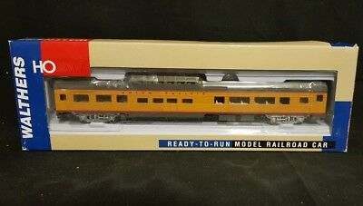 HO Gauge Train Walthers Railroad Ready to Run Budd 85' Dome Coach 932-6494 - NEW