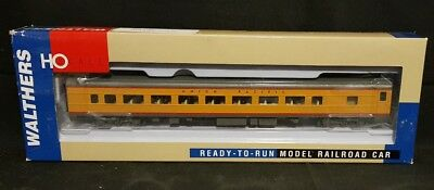Walthers HO 932-6791 Pullman-Standard Plan #7484 64-Seat Coach Union Pacific NEW