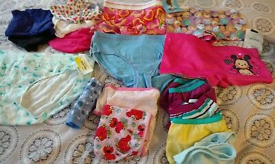 A Lot Of 21 Pairs Of Girls Briefs Mixed Sizes And Styles