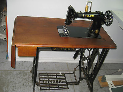 Original Vintage Singer 103K Cast Iron Treadle Sewing Machine , Wooden Bench Top