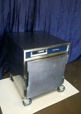 ALTO-SHAAM Cook and Hold with Deluxe Controls HALO-HEAT Cabinet TH-750-III