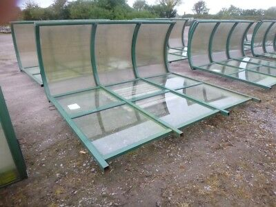 Used Original Three Bay Cantilever Bus /smoking Shelters With Clear Domed Rooves