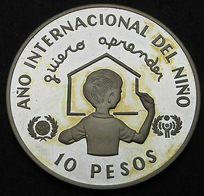 DOMINICAN REPUBLIC 10 Pesos 1982 Proof - Silver- Inter. Year of the Child - 174