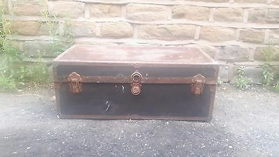 Antique Vintage Metal Bound Storage Steamer Trunk Chest Luggage Coffee Table