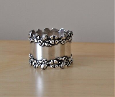 Ornate Four Leaf Clover Sterling Silver Napkin Ring  No Monogram