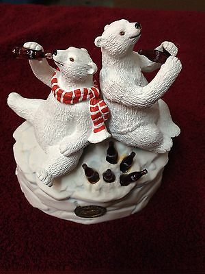Coca-Cola Heritage Collection Coca-Cola Polar Bear and Friend Musical