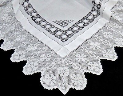 "IRISH Lace & Linen Teacloth Tablecloth 48""  CLOVERS & INFINITY Pattern - FINE"