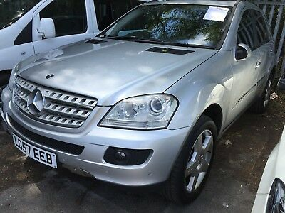 57 Mercedes-Benz Ml320 3.0 Cdi Sport, Sat-Nav, Leather, E/roof, 9 Services,nice