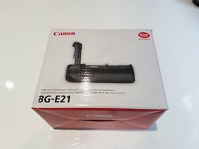 canon BG-E21 battery grip EOS accessories - full frame or cropped sensor