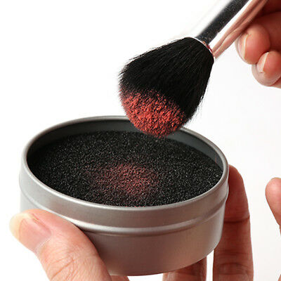 EYESHADOW SPONGE CLEANER Shadow Switch Solo Brush Color