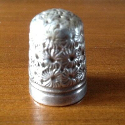 Antique early 20th century white metal sewing thimble PAT 11