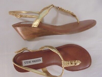 c7a2fc13ac16bf Steve Madden Gold Leather and Goldtone Jeweled Strap Roman Gladiator Sandals  9M