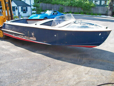 1960's 18ft Chris Craft Kit boat