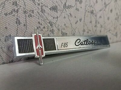 1965 65 OLDSMOBILE CUTLASS F85 F-85 Chrome interior dash Emblem gm oem