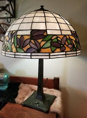 ANTIQUE CHICAGO MOSAIC Stained Glass Lamp w/ Floral Design c. 1920's LEADED!