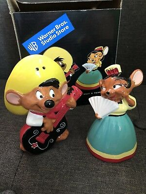 NIB Warner Bros SPEEDY GONZALEZ SEÑORITA SALT and PEPPER SHAKERS looney guitar