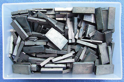 Adana Letterpress Printing 500g of 8pt Quads & Spaces in a business card box
