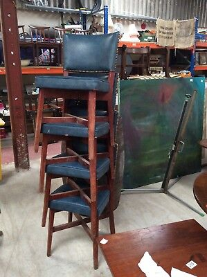 23 x BLUE BANQUETING CONFERENCE WEDDING CHAIRS STACKABLE