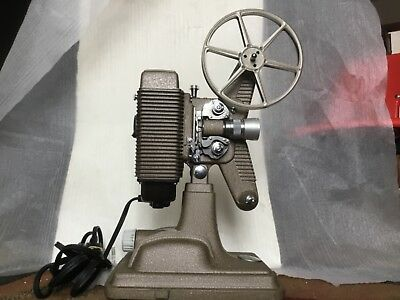 40s Vintage Revere Model 85 8mm Film Projector With MANUAL home entertainment