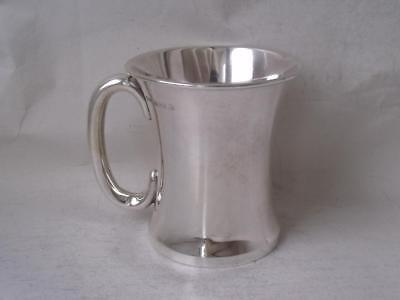 Stylish Solid Sterling Silver Cup/ Mug 1925/ H 6.6 cm