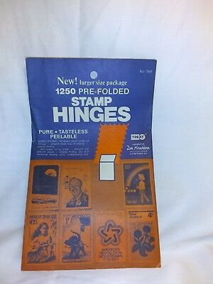 1250 Prefolded Stamp Hinges Package treat hobby world NO.164