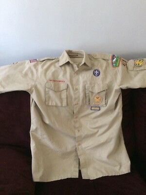 Boy Scouts of America adult uniform shirt Size Large with badges