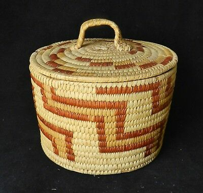 """Vintage Rare Papago RED YUCCA Lidded Basket - 6.5"""" x 7"""" - Excellent Condition"""