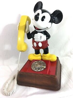 Vintage 1976 Mickey Mouse Dial Telephone