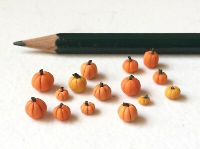 1:48 Pumpkin LOT- Quarter Scale Halloween Dollhouse Miniature- 1/4