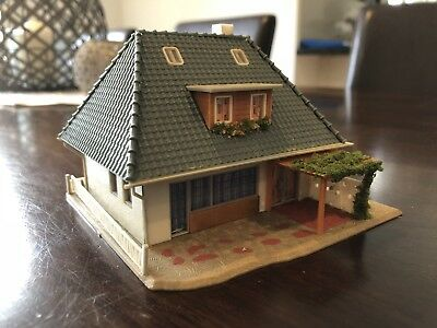 Ho Scale House - GREAT DETAIL!!!!