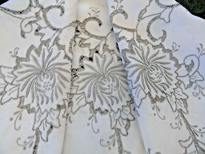 """Beautiful Linen Hand Embroidered Linen Tablecloth.48""""x50"""",,122cm x 127cm GC"""
