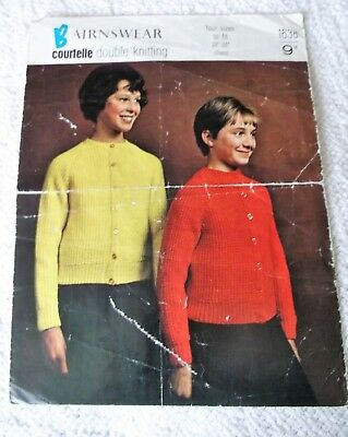 ORIGINAL VINTAGE BAIRNSWEAR KNITTING PATTERN, No.1638 RAGLAN CARDIGAN in 4 sizes