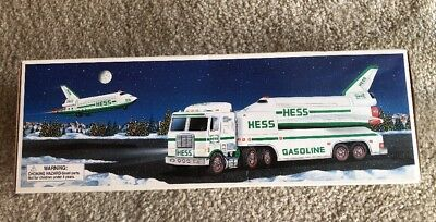 Hess Toy Truck and Space Shuttle with Satellite New In Original Box 1999