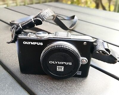 Olympus PEN e-pl3 - BLACK 12.3 megapixel - Micro Four Thirds Compatible (Used)
