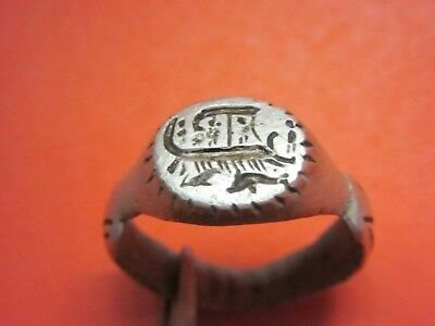 ANCIENT SILVER ROMAN RING Roman galleys and dolphins